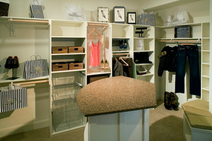 How to Build Your Own Closet Organization System