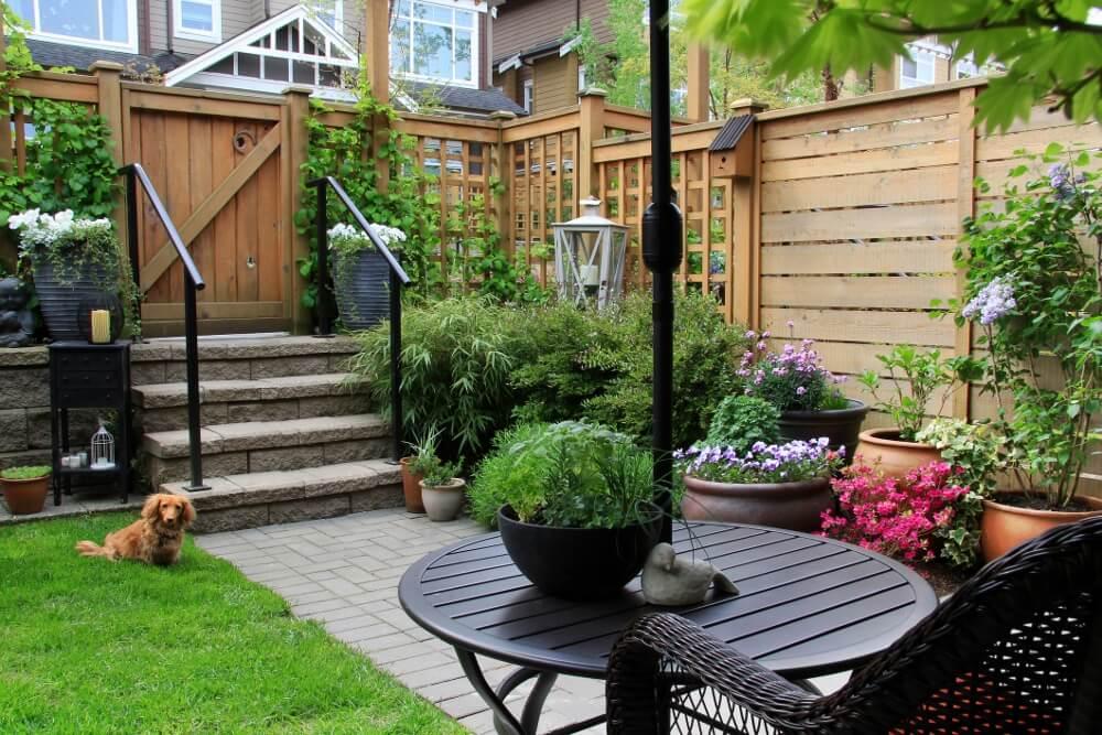 Small Backyard Fence
