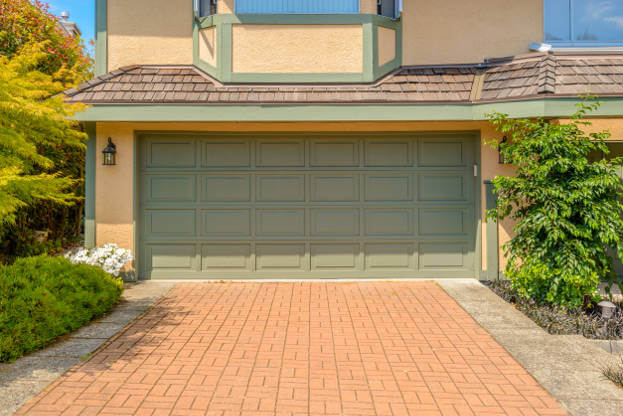 Garage Door Color Trends