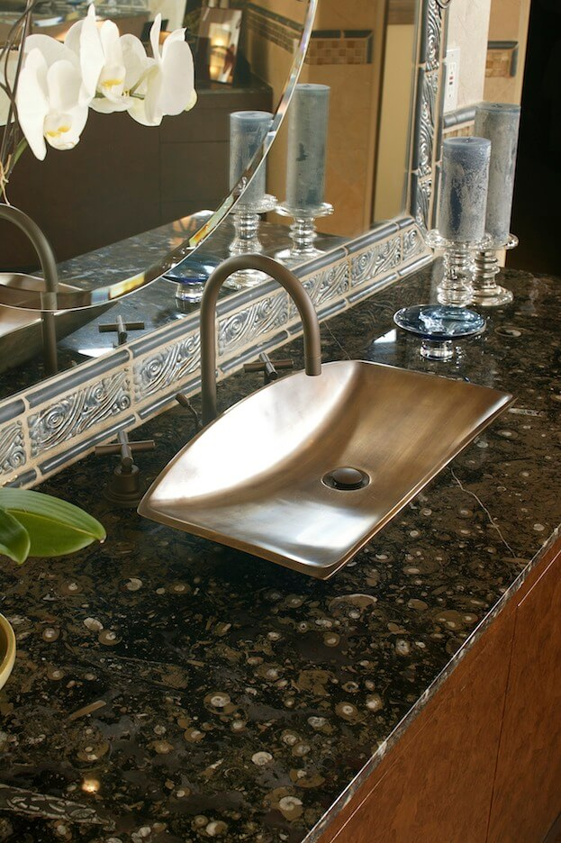 Curved Sink