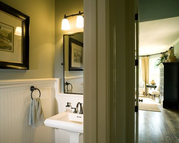 10 Painting Tips To Make Your Small Bathroom Seem Larger. Painting Tips To Make Your Small Bathroom Seem Larger
