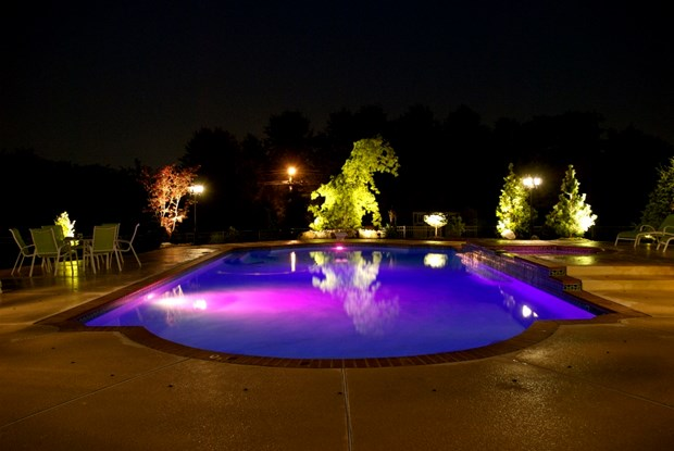 Elegant Swimming Pool Lighting Ideas