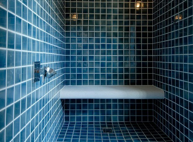 Painting ceramic tiles how to paint ceramic tiles - Can i paint over bathroom tiles ...
