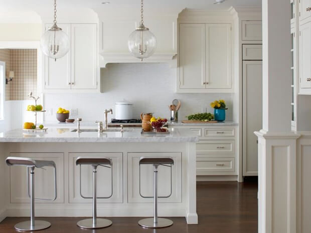 How To Incorporate White Into Your Kitchen