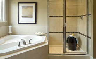 2017 Guide To Glass Shower Door Repair Costs