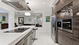 6 Tips To Ensure A Clean & Organized Kitchen Countertop