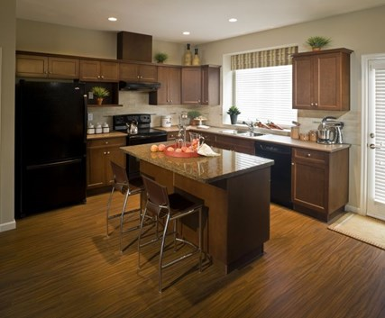 Best way to clean kitchen cabinets cleaning wood cabinets for Best product to clean wood kitchen cabinets