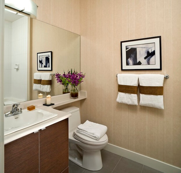 6 bathroom ideas for small bathrooms small bathroom designs for Small bathroom color schemes
