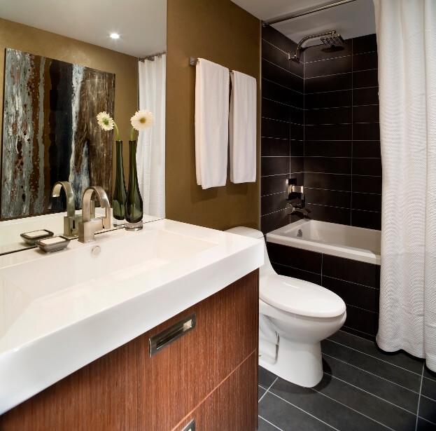 Plumbing Fixtures In Bathroom