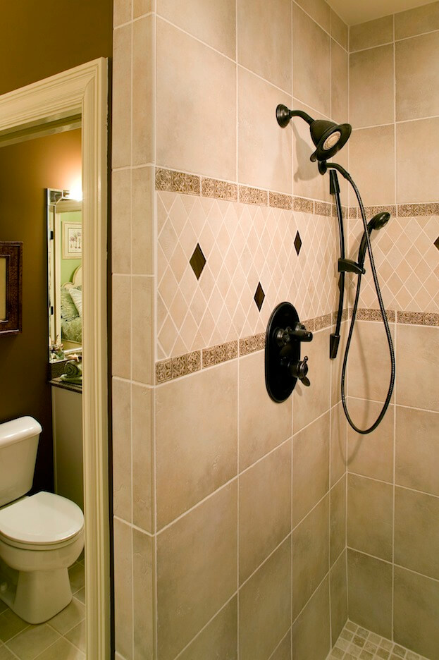 6 diy bathroom remodel ideas diy bathroom renovation for Bathroom renovation do it yourself