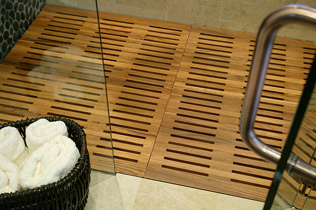 Spa bath-wood floor