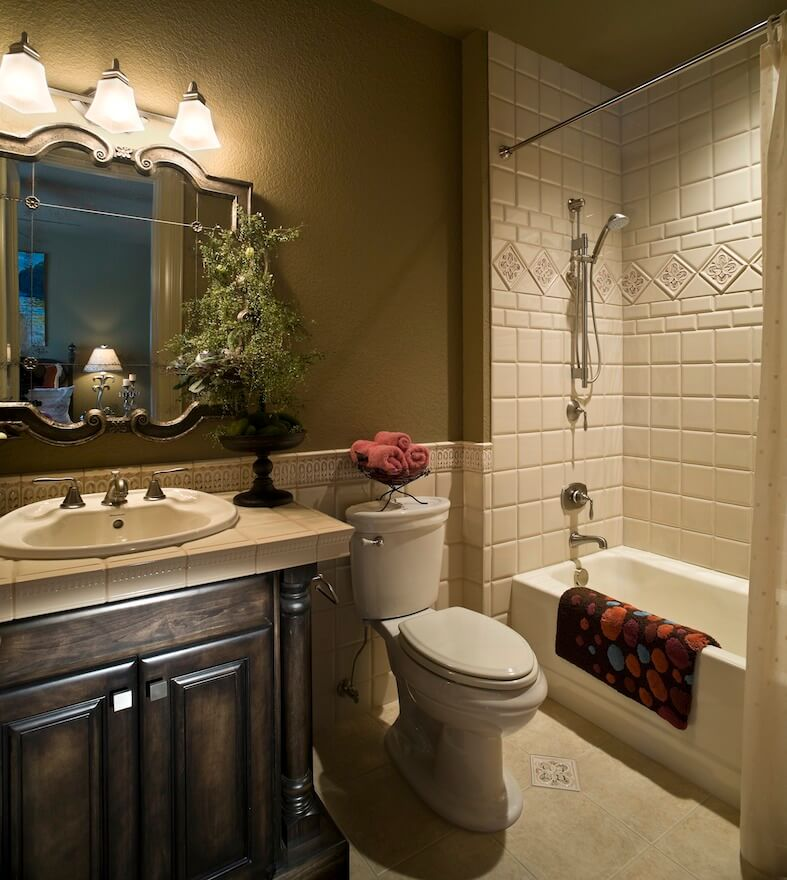 2017 bathroom renovation cost bathroom remodeling cost for Bathroom design and renovations