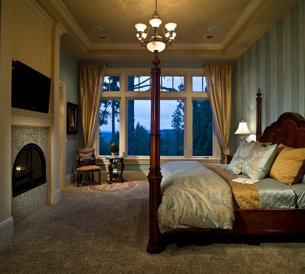 Elegant Wallpaper In Bedroom