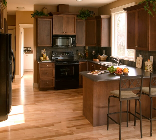 How to decorate a kitchen counter kitchen countertops for Kitchen counter decor