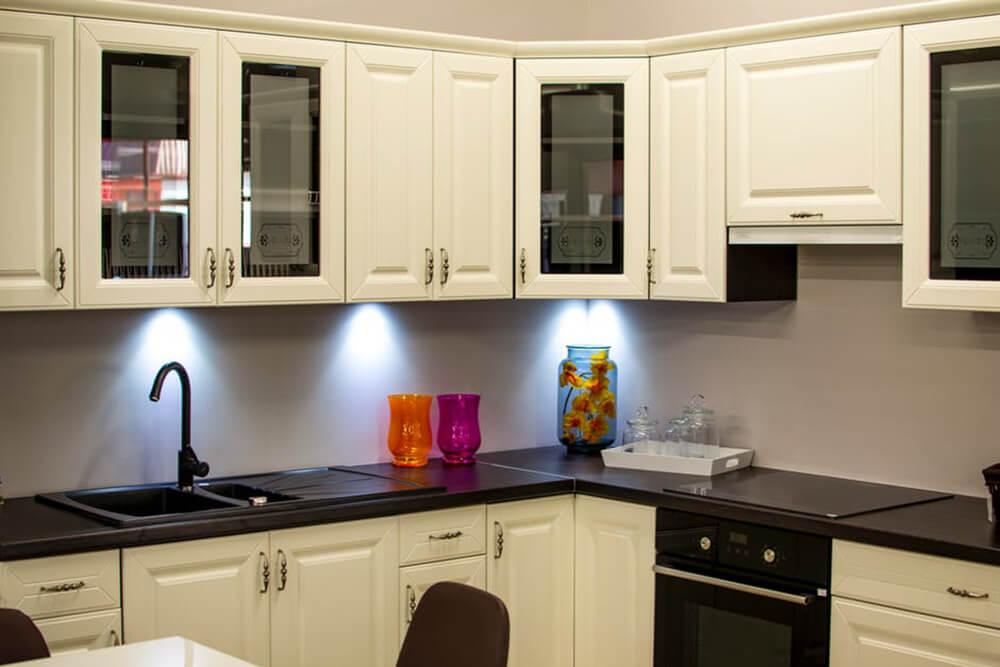 creating an organized kitchen | kitchen organization