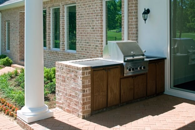 Outdoor Kitchen Ideas For Your Backyard