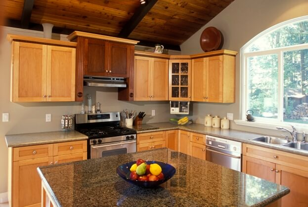 How to decorate a kitchen counter kitchen countertops for Kitchen countertops and cabinet combinations