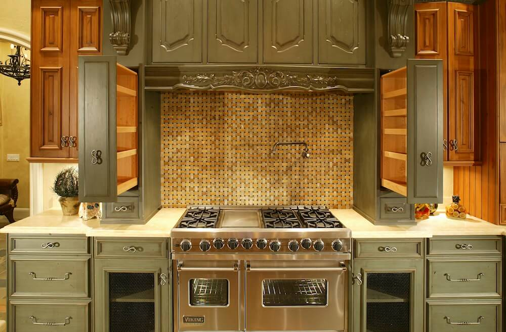 2017 cost to refinish cabinets kitchen cabinet refinishing for Can you replace kitchen cabinets without replacing countertop