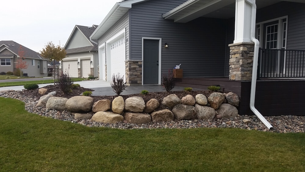2017 landscape boulders cost large landscaping rock prices for Cost of stone for house
