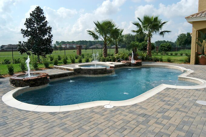 2017 swimming pool liner costs pool liner replacement cost for Average cost of swimming pool inground