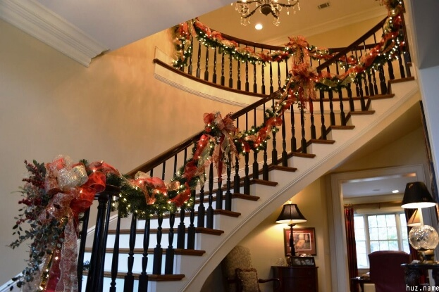 Christmas Stairwell Decor