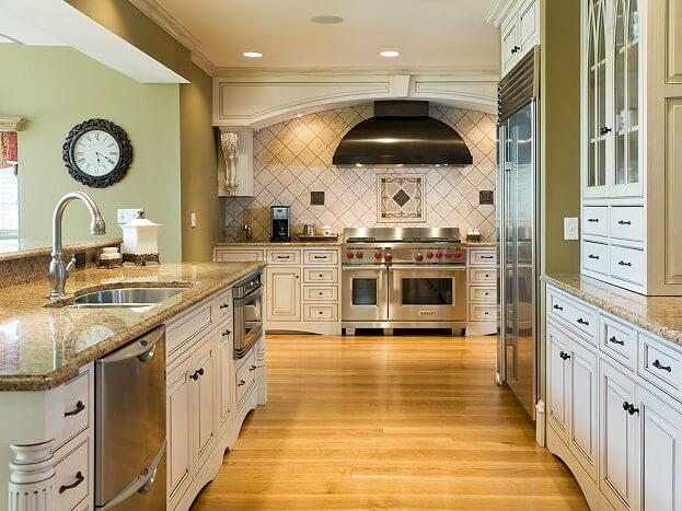 Kitchen flooring trends gurus floor for Kitchen flooring trends