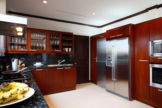 the best way to clean kitchen cabinets best way to clean kitchen cabinets cleaning wood cabinets 27137